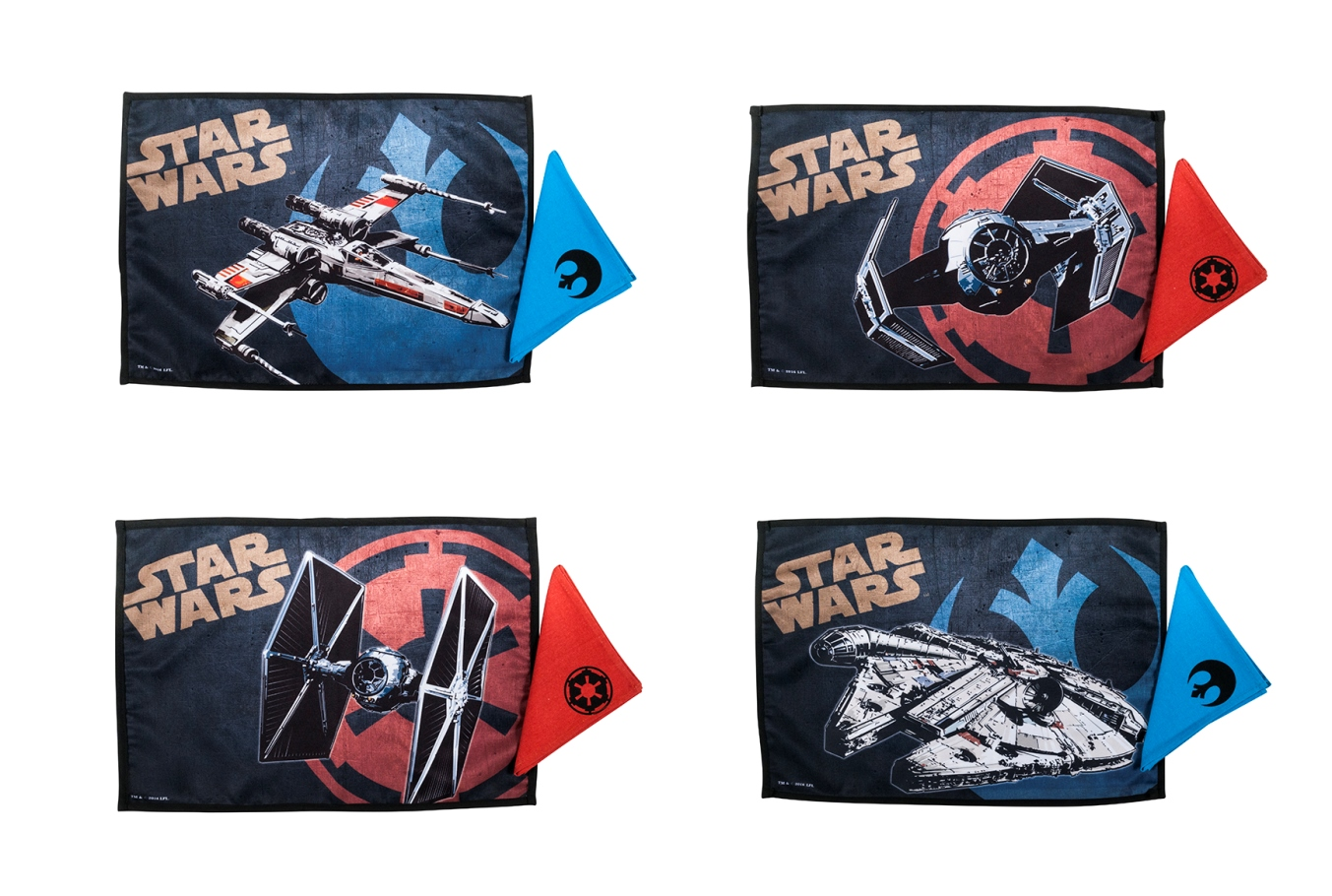 Star Wars - 4 Tovagliette e 4 Tovaglioli - 4 Placemats and 4 Napkins set